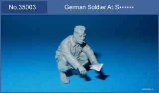 German soldier at sh... 1/35